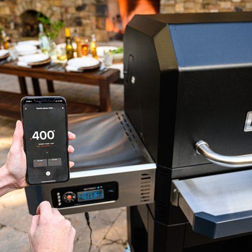Masterbuilt Gravity Series 1050 Charcoal Smoker Grill (5)
