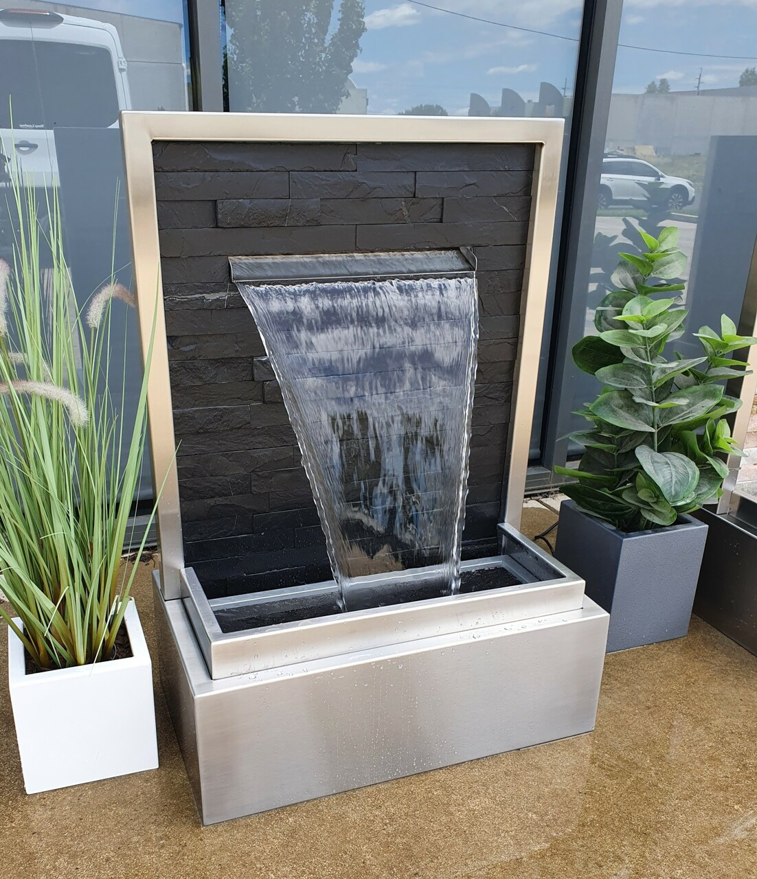 Crave Design Anahita Water Features - 680mm Wide (1)